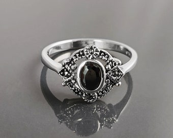 Black Stone Ring, Sterling Silver ring with Oval Black Cz and Marcasites Stones, Round Vintage Art-Deco Design Jewelry
