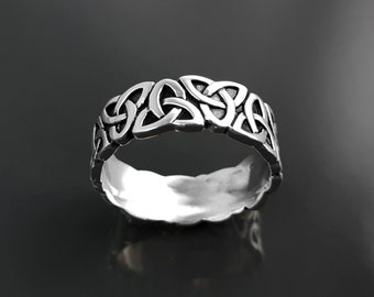 Triquetra Ring, Sterling Silver, Norse Viking Large Band Ring, Celtic Knot, Trigurtas Knot Sign, Nordic Holy Trinity Tribal Design