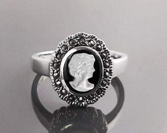 Cameo Ring - Sterling Silver - Genuine Black Onyx and MOP Cameo - Natural Mother of Pearl - Marcasite ring - Vintage Victorian Jewelry
