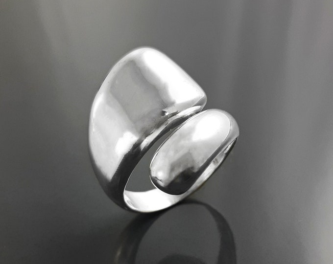 Modern Open Ring, Sterling Silver, Bypass Crossing Ring, Designer Ring, Drop Ring, Adjustable Ring, Minimalist Ring, Unique Ring, Woman Gift