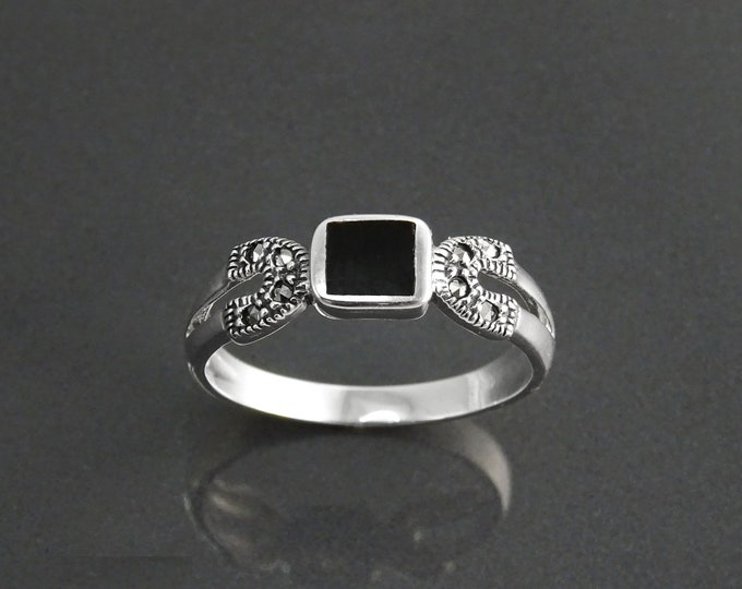 Vintage Band Ring, Sterling Silver, Dainty Square Black Onyx Gemstone, Small Stone, Marcasites Ring, Antique Art Deco Retro Inspired Jewelry