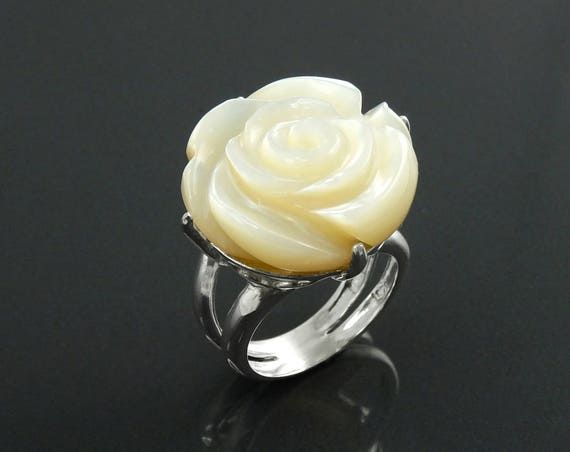 Rose Flower Ring, Sterling Silver, Hand Engraved stone, Mother of Pearl, Hand cut Rose Ring, Unique Floral Ring, Romantic Flower Ring, MOP