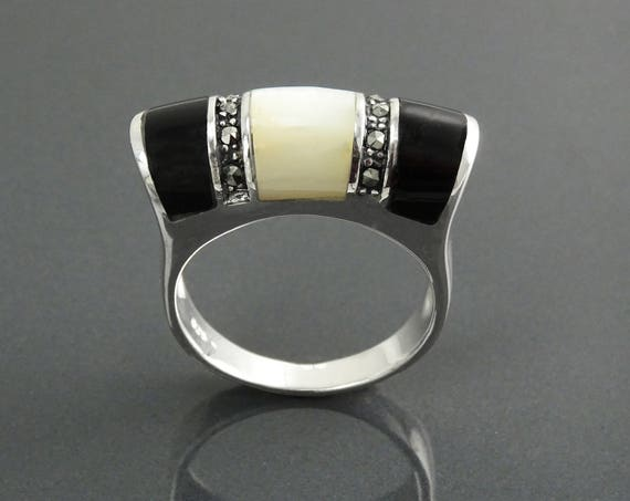 Art Deco Bicolor Ring, Sterling Silver, Black Onyx Gemstone & Mother of Pearl, Marcasite Jewelry, Hipster Ring, Vintage Style Ring