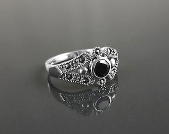 Black Marcasite Ring, Sterling Silver, Vintage Garnet Ring, Black Cz stone, Retro Maroon Stone Rings, Dainty Rings, Women Gifts