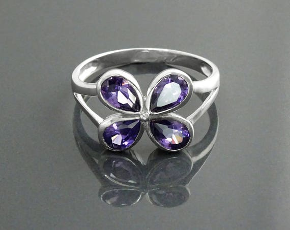 Modern Amethyst Ring, Sterling Silver, Lab Amethyst Simulant (CZ), Modern Flower Petal Ring, Minimalist Stone Jewelry, Clover Ring,for Woman