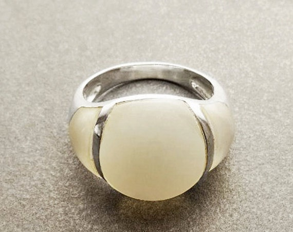 MOP Band Ring - Sterling Silver Ring - Dome Ring - Mother of Pearl - Gemstone Ring - Modern Ring -  shabby chic ring - Boho Ring.