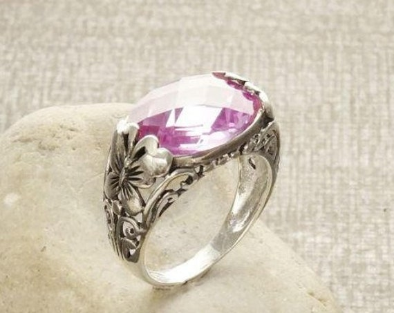 Lilac Butterfly Ring, Sterling Silver, Butterflies Horizontal Stone Band, Pink Lab Amethyst Simulant (CZ) Stone, Rose de France, Boho Ring