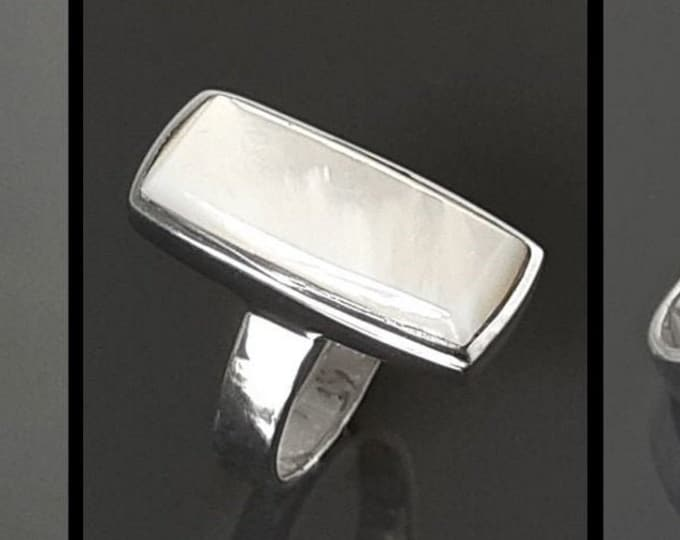 Rectangle ring, MOP Silver Ring, sterling silver ring set with a natural white mother-of-pearl MOP in a unique modern rectangle design