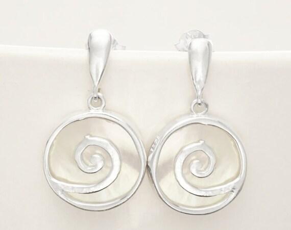 Spiral earrings - Shell Dangle Earrings - Sterling Silver Earrings - 925 - Shell Earrings - Mother of Pearl - Boho Earrings, Boho Jewelry.
