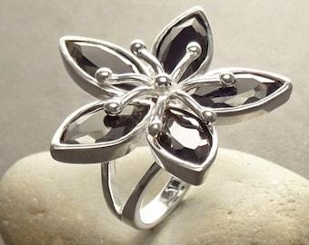 Big Flower Ring - Statement Ring, Sterling Silver, Women Silver Ring, Nature Inspiring Ring, Fashion Nature Ring, Black Flower Ring.