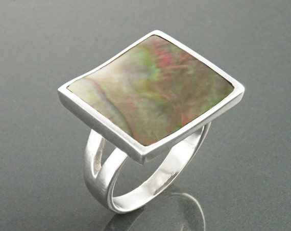 Gray Paua Shell Ring, Sterling Silver, Curved Square Geometric Stone Ring, Grey MOP, Hollow Gemstone Ring, Modern Ring, Rainbow Color Stone