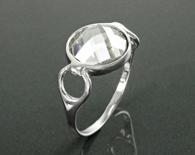 Solitaire Ring,  Sterling Silver, Original Round Stone Ring, Lab Diamonds simulant (CZ), Round modern Ring, Bridal Ring, Unique Setting Ring