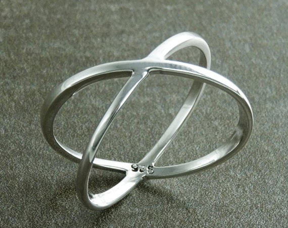 Criss Cross Ring, Silver X Ring, Cross Ring, Popular X Ring, X-Ring, criss-cross ring, silver ring, statement X ring, women, popular ring