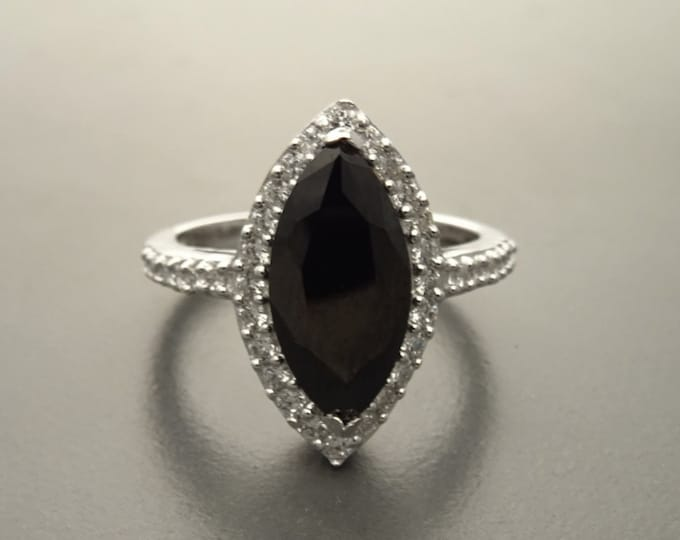 Black Marquise Ring, Sterling Silver, Black and White Lab Diamonds simulant (CZ), Engagement Ring, Modern Marquise Ring, Valentines Day Gift