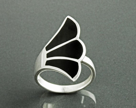 Black Onyx Fan Ring, Sterling Silver, Flat Stone Ring, Onyx Jewelry, Fanned Wave Wing, Unique Band Ring, Original Art Nouveau Designer Ring