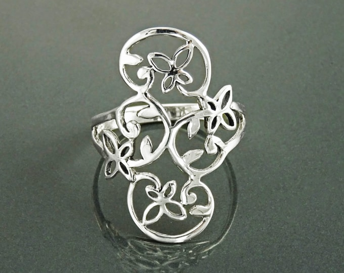 Butterfly Ring, Sterling Silver, Dainty Flying Butterflies Ring, Filigree Ring, Elegant Wide Ring, Nature Jewelry, Open Work Lace Ring