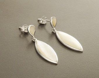 White Dangle Earrings, Sterling Silver, Almond Oval Shape Shell, Bright Mother of Pearl Earrings, Dainty Stone Earrings, Geometric Jewelry
