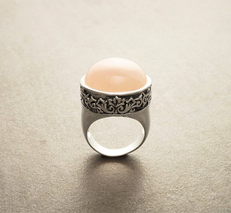 Victorian Round Ring Sterling Silver Round Rose Quartz Domed image 0