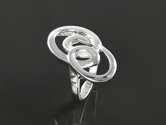Infinity loops ring, sterling silver, hand forged ring, modern minimalist ring, geometric round graphic curl jewelry, spiral flat ring