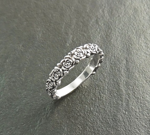 Rose Blossom Ring, Rosebuds Ring, Floral Ring, Sterling Silver, Flower Wreath Ring, Stacking Ring, Flowers Crown Ring, Valentine's Day Gifts