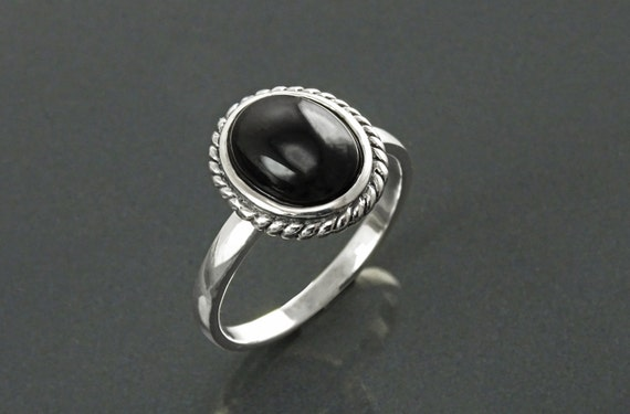 Round Black Antique Ring, Sterling Silver, Natural Onyx Gemstone, Rope Ring, Boho Hipster Ring, Round Stone Ring, Midi Ring, Vintage Ring
