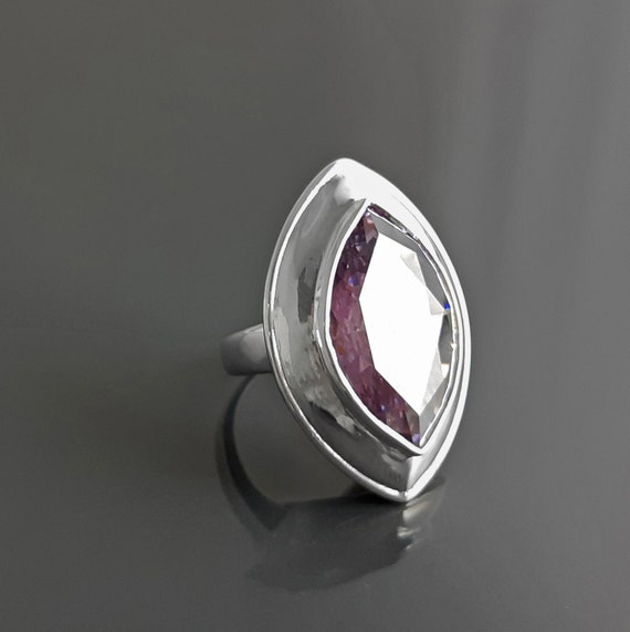 Statement Silver Ring, Bright Stone, Purple Stone, Purple Zirconia Ring, Seventies Silver Ring - Almond Shape Stone. 925, Vintage StyleRing