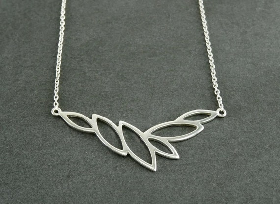 Leaves collar, Sterling Silver 925, Horizontal, Leaf Skeleton Necklace, Organic Nature gift for Woman, Autumn Fall Jewelry, Foliage Choker,