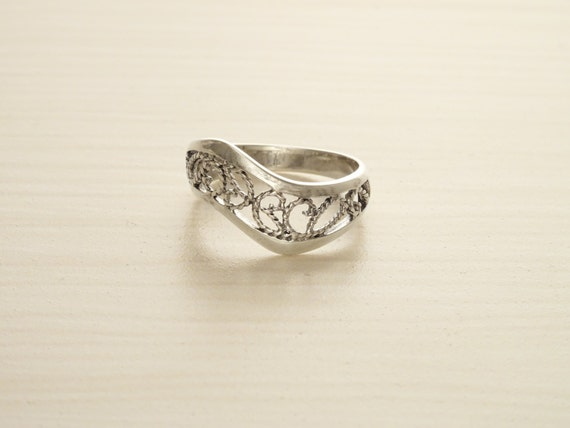 Boho Filigree Ring, Sterling Silver, Filigree Ring, Oxidized Lace Ring, Wave ring, Zigzag Ring, Swirl Ring, Midi Band Ring, Wavy Band Ring