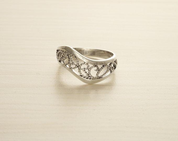 Boho Filigree Ring, Sterling Silver, Filigree Ring, Oxidized Lace Ring, Wave ring, Zigzag Ring, Swirl Ring, Midi Band Ring, Wavy Band Ring