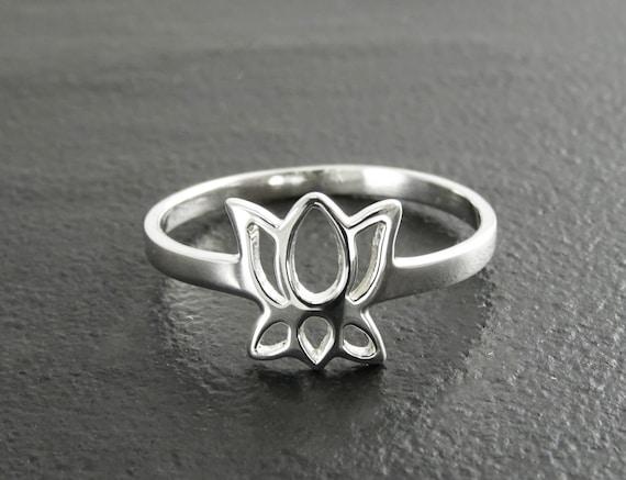 Lotus Ring, Sterling Silver, Dainty Lotus Ring, Lotus Zen Ring, Blooming Lotus Flower, Meditation ring, Namaste yoga jewelry, yoga Spiritual