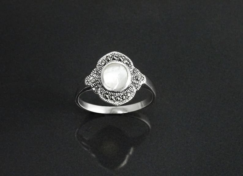 Dainty Vintage Ring Sterling Silver Small Art Deco image 0