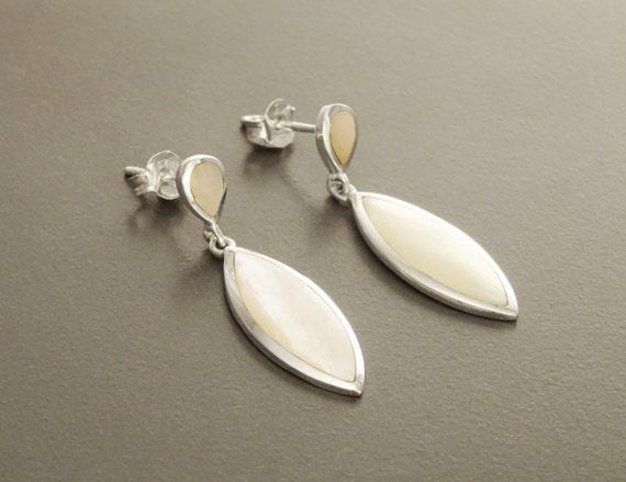 White MOP Dangle Earrings - Sterling Silver Earrings, Almond Shape, Bright MOP Earrings, Dainty Earrings, Silver Jewelry, Mother of Pearl.