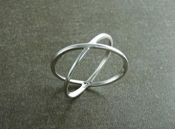 Criss Cross Ring, Silver X Ring, Cross Ring, Popular X Ring, X-Ring, criss-cross ring, silver ring, statement X ring, women, popular ring