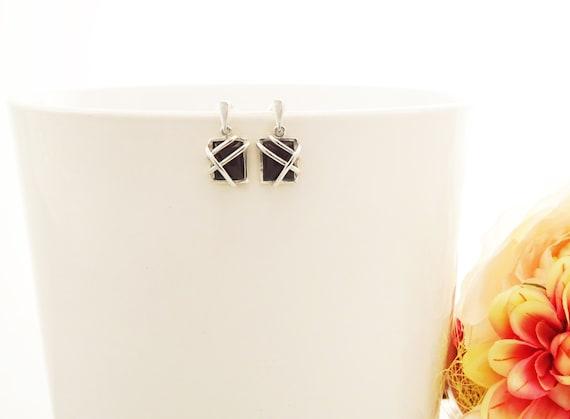 Onyx Silver Earrings - Square shape Stone - Sterling Silver Earrings - Onyx Gemstone - Modern Style - Filigree Earrings - Black - Trending
