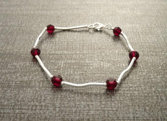 Red Cristal Bracelet, Sterling Silver 925 - Beaded Bracelet. Modern Jewelry. Red Bracelet - Small Bracelet, Minimalist Jewelry.