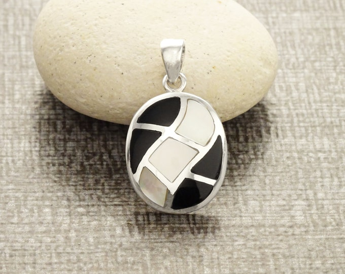 Black Pendant, Sterling Silver, Black Onyx Stone and White Mother of Pearl Shell, Stones Oval Mosaic, Geometric Waves Checkered Jewelry