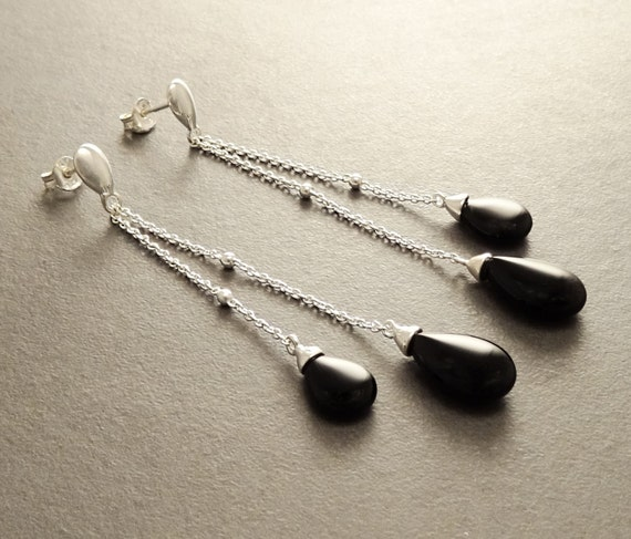 Onyx Teardrop Earrings - Sterling Silver Earrings - Chainmaille Earrings - Link earrings - Teardrop - Black Onyx Gemstone - Boho Earrings