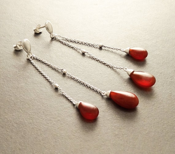 Red Teardrop Earrings - Sterling Silver Earrings - Chain Earrings - Link earrings - Teardrop - Red Agate Gemstone - Boho Earrings - Chain
