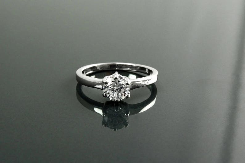 Solitaire Ring Sterling Silver Round Clear White Stone CZ image 0