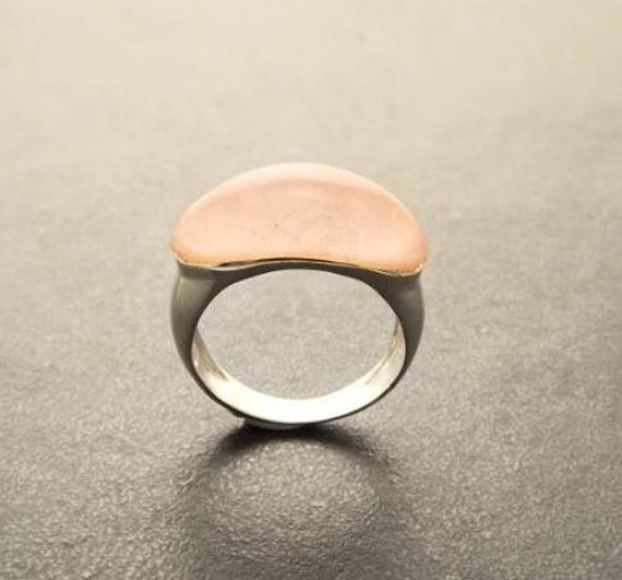 Natural Rose Quartz Ring - Sterling Silver Ring - Dome Ring - Rose Quartz Ring - Band Ring - Horizontal - Dainty Ring - Everyday Ring
