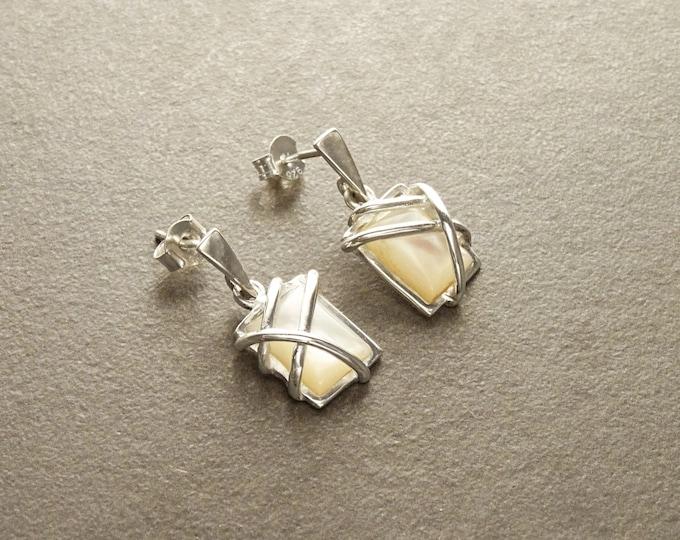 White Square Earrings, Sterling Silver, Mother of Pearl Shell - Modern Geometric Stone Jewelry, Filigree Earrings - Trending - Boho earring