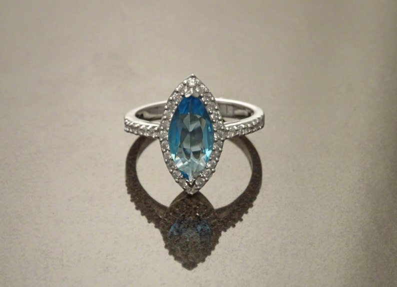Blue Oval Ring Sterling Silver Square ring Marquise Form image 0
