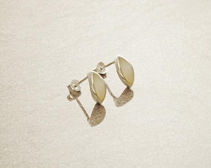 White Stud Earrings, Sterling Silver Earrings, Genuine Mother of Pearl Shell , Almond Shape, Minimalist Pearl Earrings, Dainty Earrings