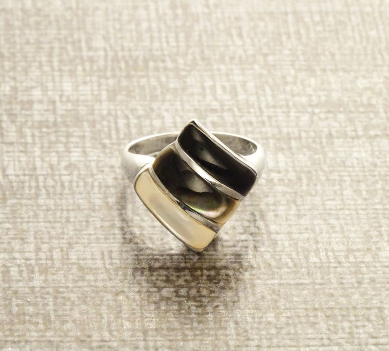 Three Colors Ring Sterling Silver Ring Mother of Pearl Gray image 0