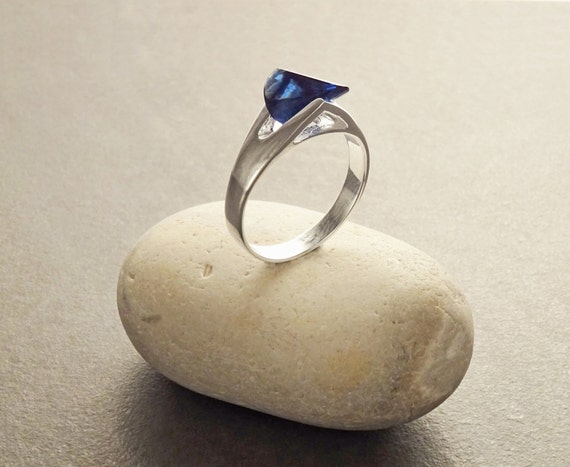 Blue Unique Stone Ring, Sterling Silver,  Design Ring - Modern Design - Deep Blue Special Cutting Zirconias Stone - Unique Designer Ring