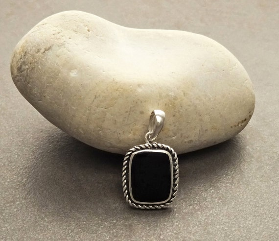 Black Onyx Pendant - Sterling Silver 925 - Hipster Jewelry - Oxidized - Square shape  - Vintage - Tribal - Hipster -  Black onyx jewelry.