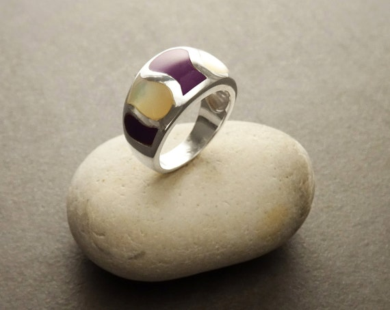 White, Mop Ring, Silver Ring, 925 Ring, Purple, Small Jewelry, Woman Ring, Unique Ring, Vintage Style, Modern, Gift Ring, Mother of Pearl.