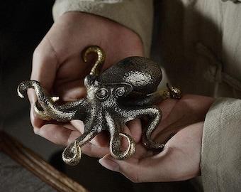 Solid Copper  Cast Octopus Statue, Fine Lifelike Lost Wax Casting Metal Artwork, Craft figurine Worth Collecting Desktop Decor Tea pet Gift