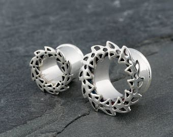 Silver ear gauges. flower mandala ear plugs. 6g-4mm, 2g-6mm, 0g-8mm, 00g-10mm, 000g.-12mm