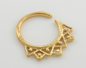 Tribal Septum Ring for pierced nose. septum piercing. gold septum ring. tribal septum ring. septum jewelry.nose jewelry.septum piercing,rs25